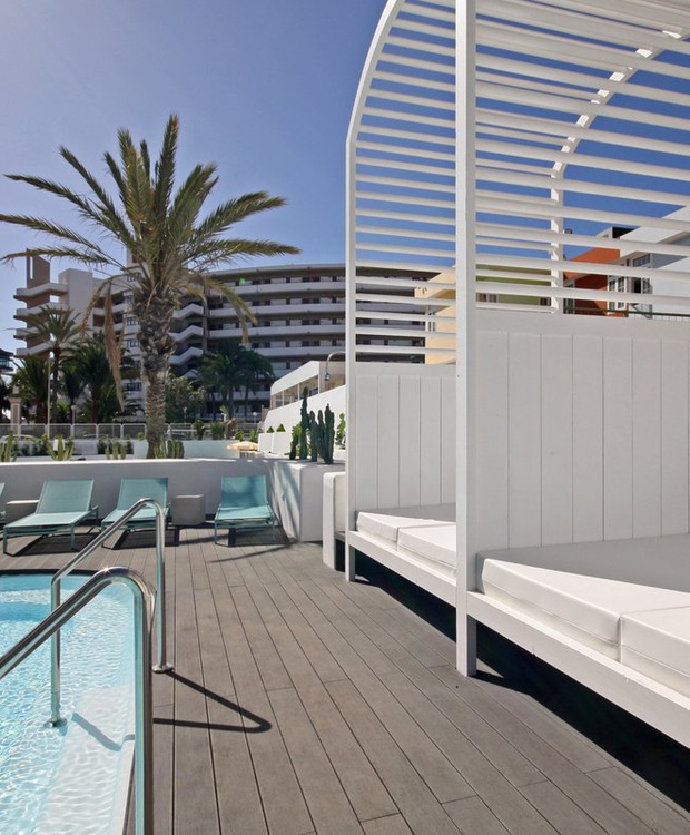 Piscina Hotel Gold By Marina